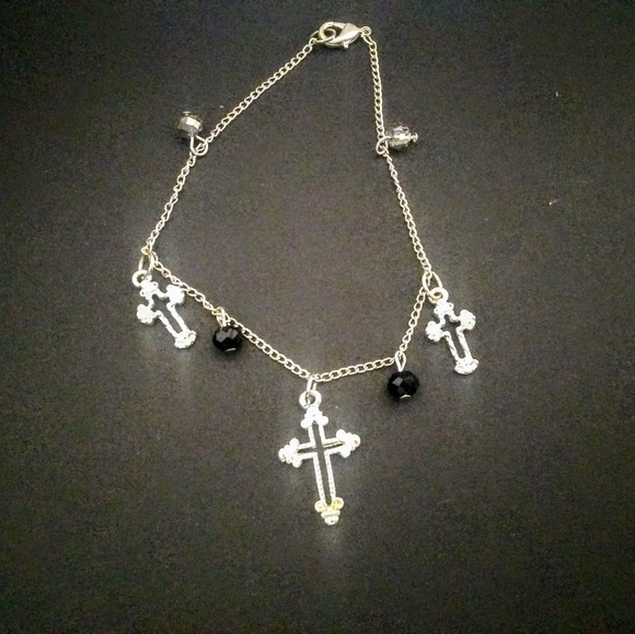 BunniHaupt Jewelry - Cross bracelet (black)